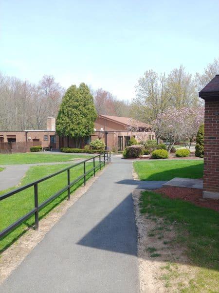 woodsidevillage022